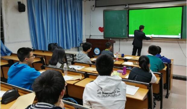 朱春晖老师应邀在广州授课展示