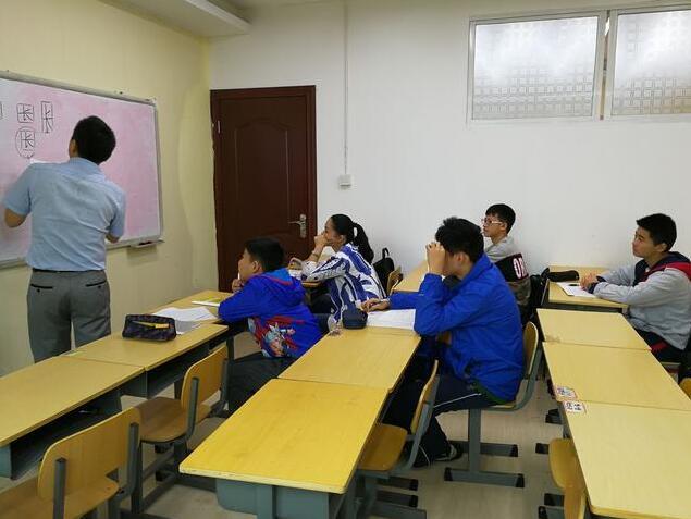 10月4,5日朱春晖老师在长沙讲授练字一日班课程